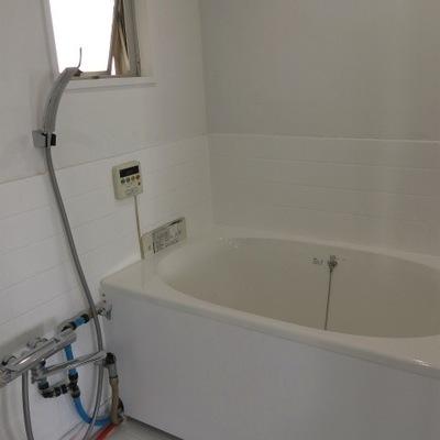 お風呂にもうれしい窓。※写真は前回募集時のものです