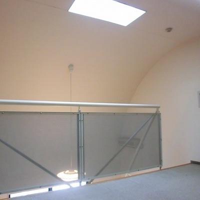 2階部分。天窓が付いています。※写真は10階の同間取り別部屋です。