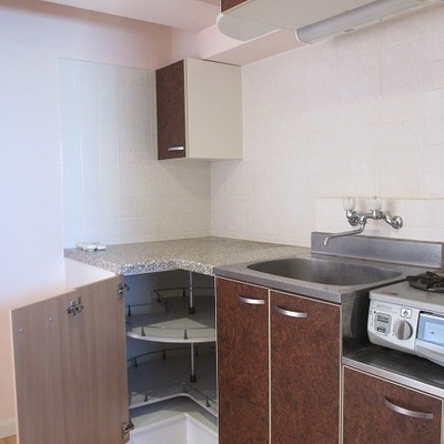 キッチンは広々としています。※写真は前回募集時のものです