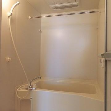 浴室乾燥、追い焚きつきのお風呂。※写真は前回募集時のものです。