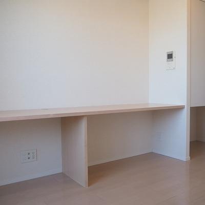 机のしたのスペースどう使おう?