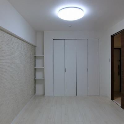 ホワイトな空間
