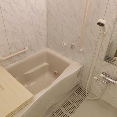 浴室乾燥もついております。