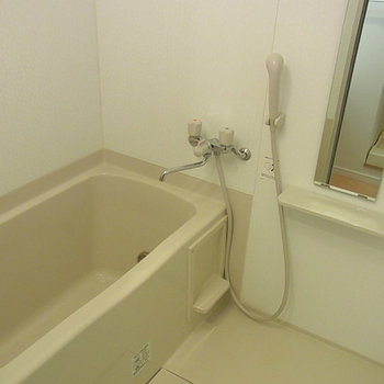 追炊き、浴室乾燥付き