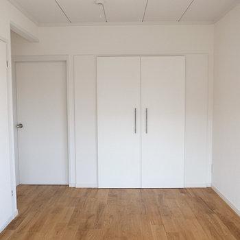2Fの洋室その2の収納