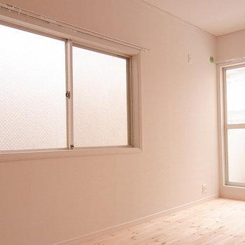 2面採光で、明るく暮らしやすいお部屋です。