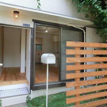 ここ、日本かな?この可愛すぎる玄関。※前回募集時の写真です