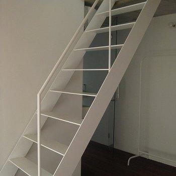 階段。少しのぼりにくいです