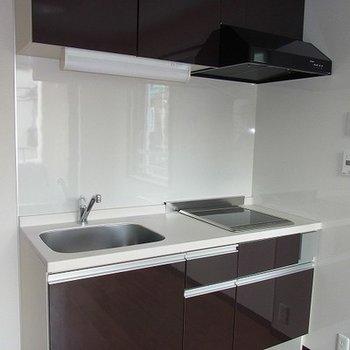 真新しいキッチンです
