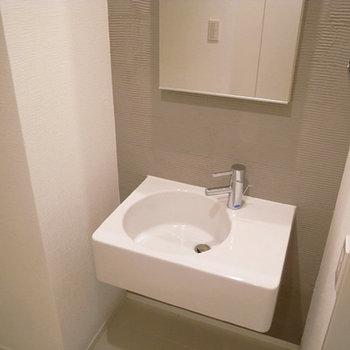 かわいい洗面ですね