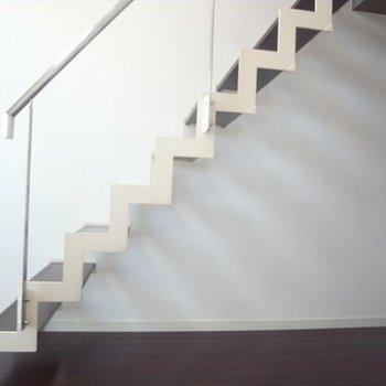 ロフトへ登る階段です