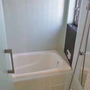 洗面所と同じタイル