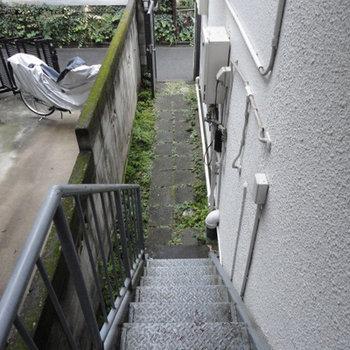 階段を登ってお部屋へ