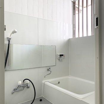 【1階】お風呂も清潔感あります