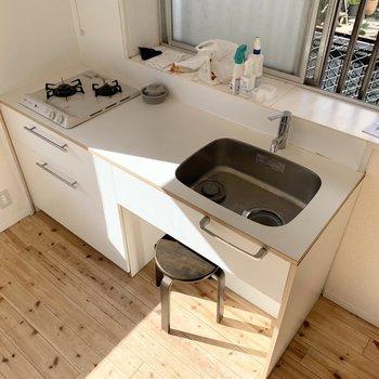 【DK】作業台の広い使いやすいキッチン!※写真は清掃前です