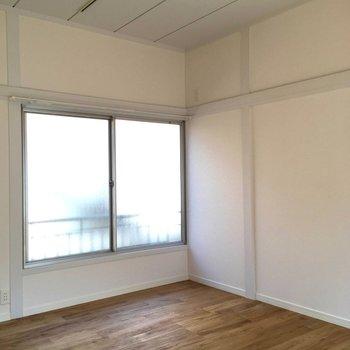 廊下の反対側はこちら※前回募集時の写真です