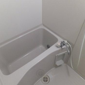 お風呂は綺麗だよ。