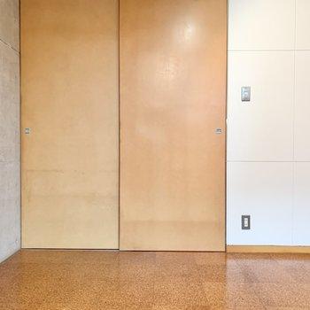 【B1 5.0帖】扉を閉めるとこんな感じです。