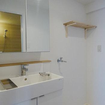独立洗面台を新設です※写真はイメージ