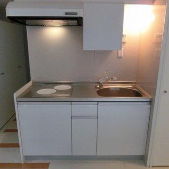 キッチンはIHの2口コンロです。※写真は前回募集時のものです