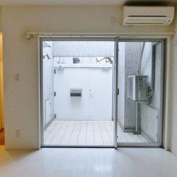 門扉のおかげで、窓を開けておけるの嬉しい。※写真は前回募集時のものです
