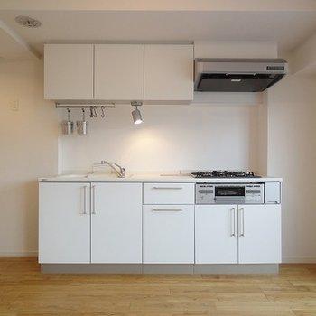 キッチンはシステムキッチンに※画像はイメージ(L字になります)