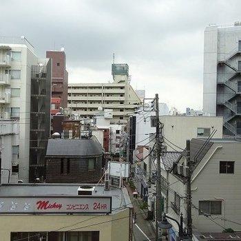 渋谷の街を望む