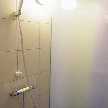 シャワールームはかっこいいです