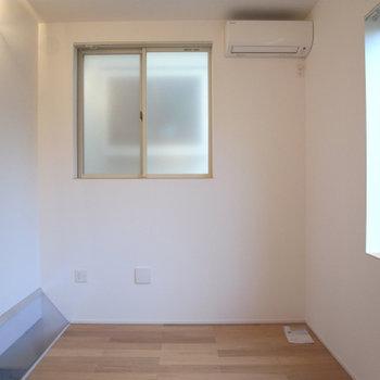 2階部分、窓も多くて明るいです※写真は前回募集時のものです