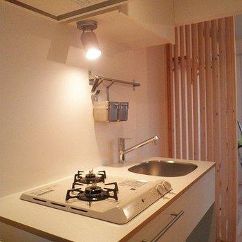 キッチンはガス2口、新設します!※画像は同仕様の別室