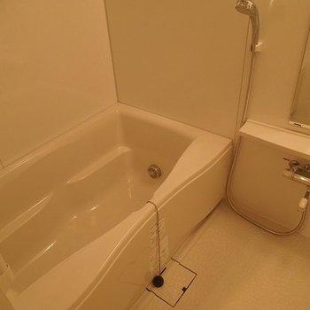 お風呂もゆったりはいれます