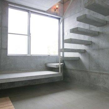 一階は土間です。