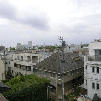 4階からの眺めはなかなかステキ。※お部屋は1階です