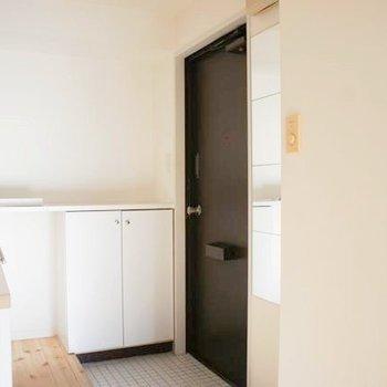 玄関回りは凛とした印象!※写真は前回募集時のものです