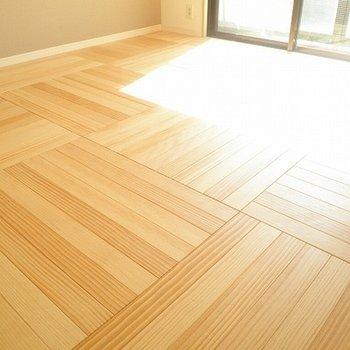 床がとってもかわいい〜※写真は別室です