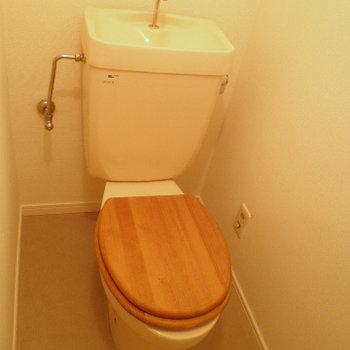 トイレは既存をリュニューアルしています。