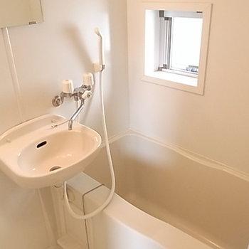 お風呂はいたってフツーですが清潔です。
