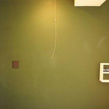 ブラックボード仕様の壁