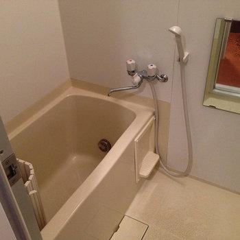 お風呂は普通