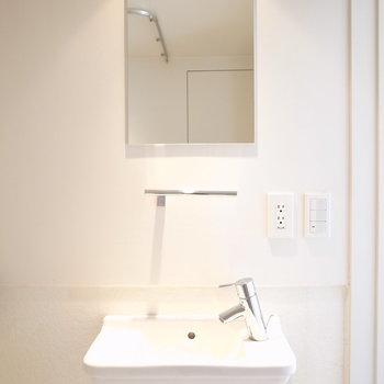 洗面台はちょっと小さめかな・・・