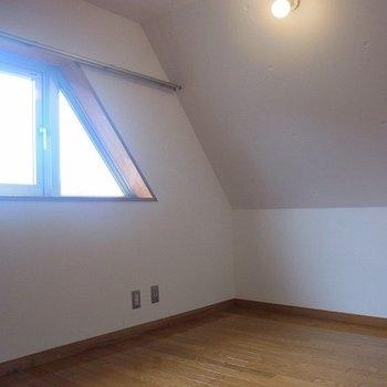 2階の洋室部分です