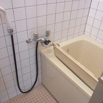 お風呂は古めかも。。