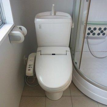 トイレとシャワールームが近いです。。