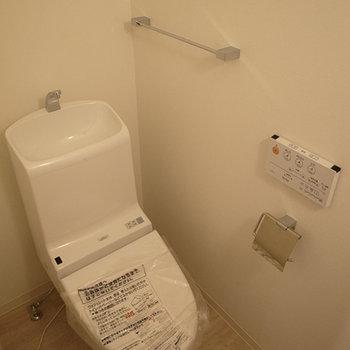 トイレは2Fです。