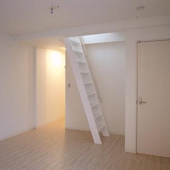 3F:寝室スペース(写真は別部屋です)