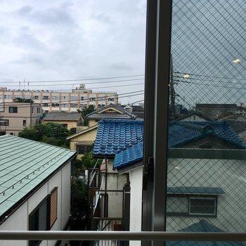【2階】眺望はご近所さん。