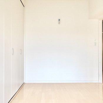 洋室①】シンプル空間を自分色に染めてくださいね。
