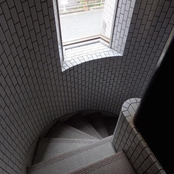 ぐるぐる螺旋階段!