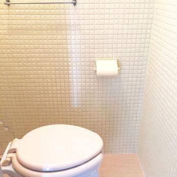 お風呂もキレイになっていますが、狭いのはしょうがない