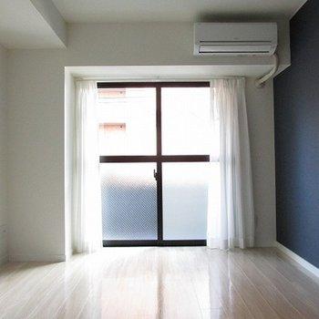 お部屋は1人暮らしに十分の広さ。